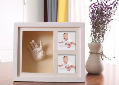 China Wooden 3D Hand And Foot Casting Kits Photo Frame White Baby Shower Gifts factory